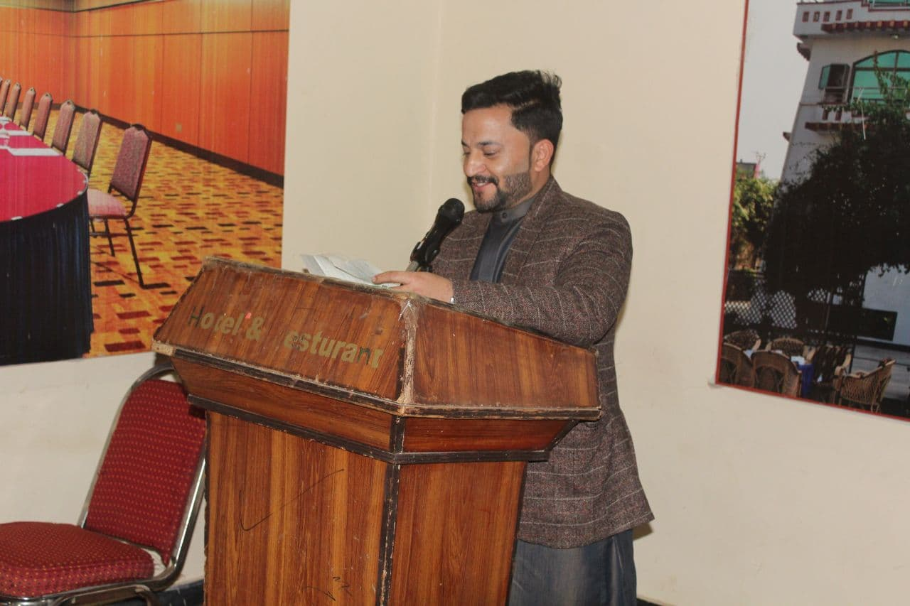 Mr. Jamil Popalzai while concluding the symposium...
